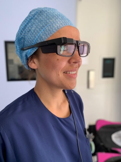 Surgeon with Smart Surgical Glasses