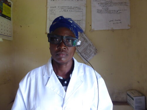 Card image: Nurse Kigandu smartglasses teleconsultation